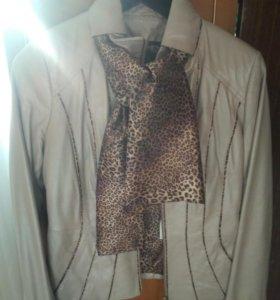Кожаная куртка 44р