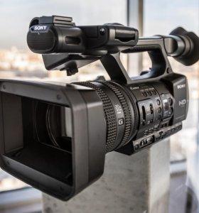 Видеокамера Sony HDR-AX2000E