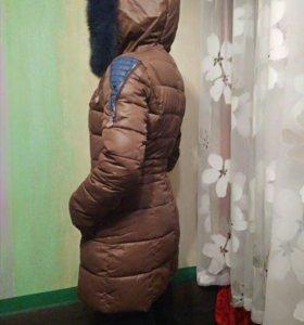 Куртка зимняя,пуховик.
