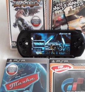 PSP 3008+4 игры