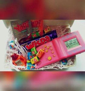 Подарок девушке на 8 марта