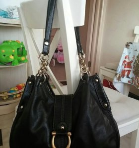 Итальянская кожаная сумка COCCINELLI