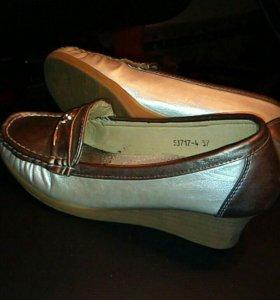 Туфли новые,36 р.