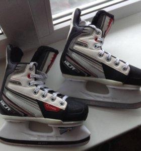 Детские хоккейные коньки р32-35 (раздвижные)