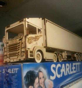 Деревянная 3-d модель ФУРА Scania