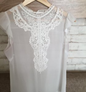 Блузка белая р42-44