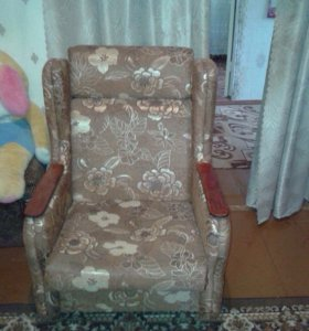 2 Кресла по 1500