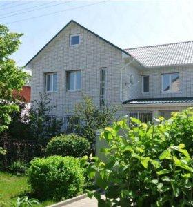 Дом, 211 м²
