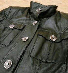 🎸 Кожаная женская куртка