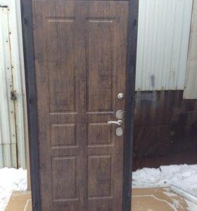 Дверь PREMIUN (компания Аманит) выставочная