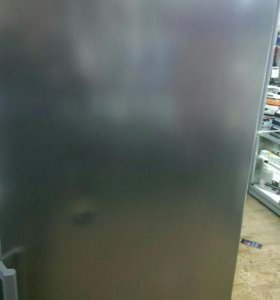 Холодильник Bosch KFC39