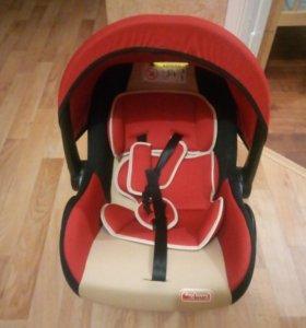 Детское авто-кресло от 0+