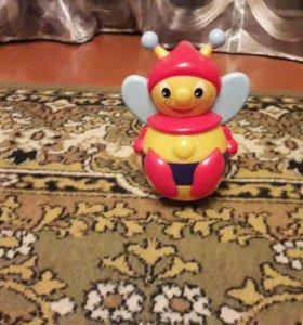 Пчелка-неваляшка