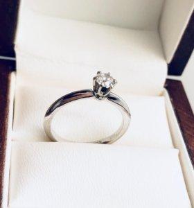 Золотое Кольцо с бриллиантом 0.35 карат