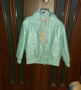 Новая Куртка демисезон р.104