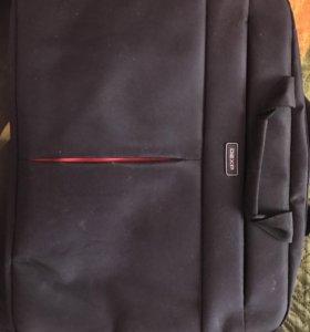 Новая сумочка для ноут бука, не использовалась.