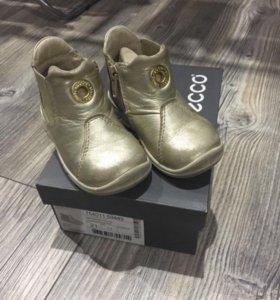 Ботинки Ecco 21р