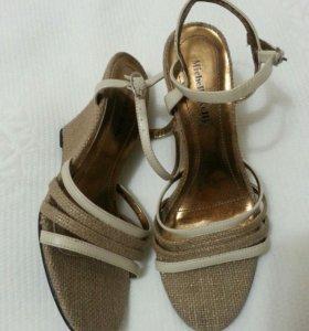 Босоножки туфли новые