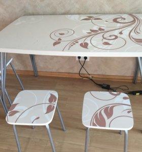 Кухонный Стол и стулья комплект