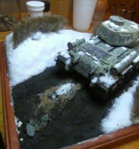 Модель на диораме отличный подарок для танкистов.