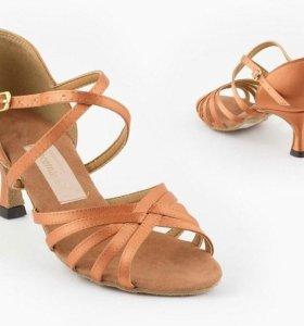 Туфли для бальных танцев. Латина/стандарт