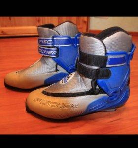 Новые лыжные ботинки, 43р
