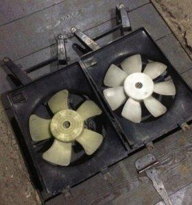 Радиатор двигателя и вентилятор