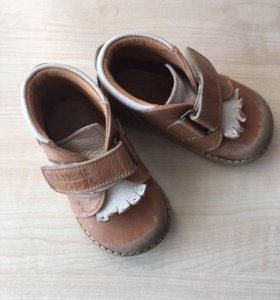 Детские ботинки ортопедические