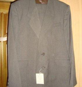 Новый костюм р.50