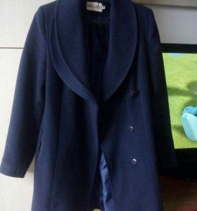 Кашемировое пальто,очень красивое!