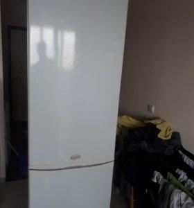 холодильник ariston no frost 200см