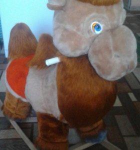 Детская качалка верблюд