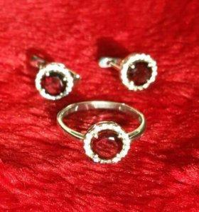 Серебро серьги и кольцо, фианиты, гранат