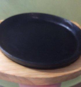Сковорода чугунная с подставкой