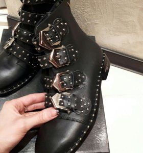Женские ботинки ботильоны Givanchy