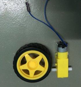 Мотор с колесом