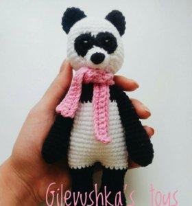 Вязаная панда ручной работы