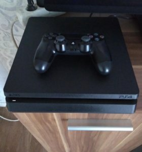 Playstation 4 slim 500г