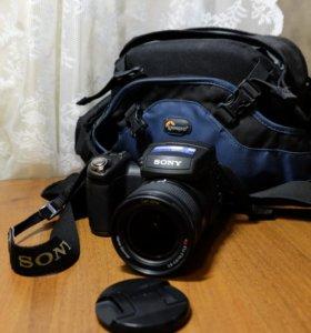 Фотоаппарат Sony Cyber-shot DSC-R1