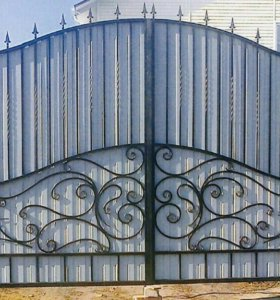 Ворота кованые с ковкой