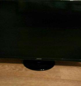 Телевизор UE32F4000AW