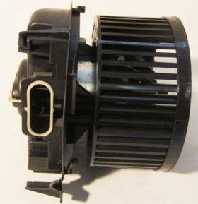 Вентилятор,мотор печки Рено Логан, Сандеро.
