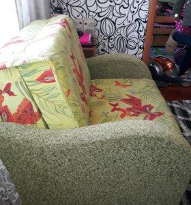 Продам кресло диван