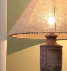 Настольная дизайнерская лампа ручной работы