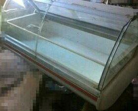 Холодильник-витринный