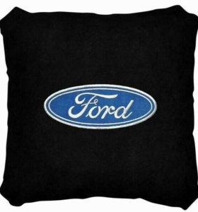 Подушка Ford черная