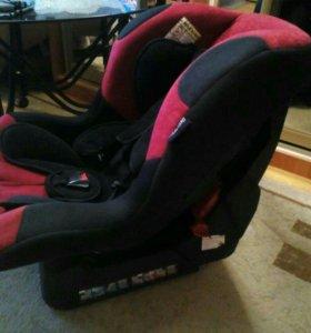 Автомобильное-детское кресло