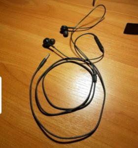Наушники Samsung Earphones Tuned by AKG (EO-IG955)