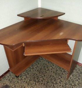 Компьютерной стол угловой