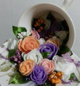 Подарочная кружка с цветами